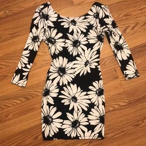 Size S Forever 21 sunflower pattern bodycon dress